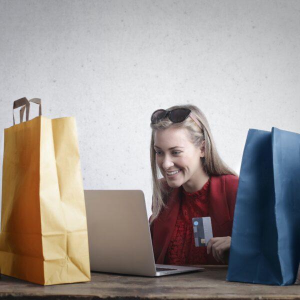 III.E-COMMERCE: Bezpieczne zakupy online
