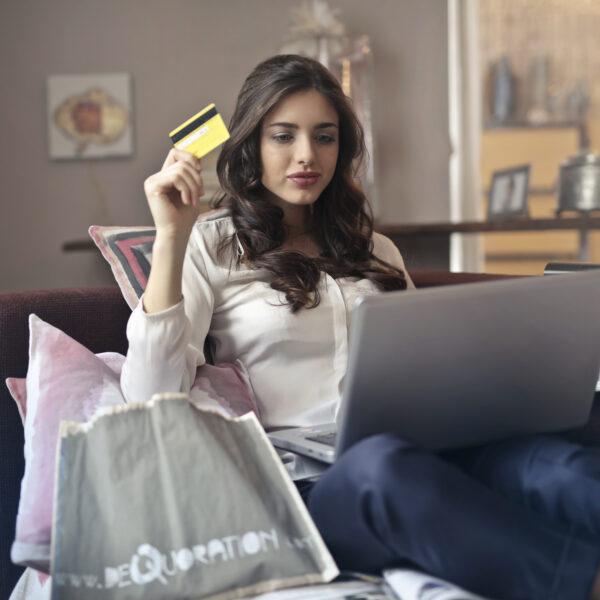 II.E-COMMERCE: Jak kupować w internecie?